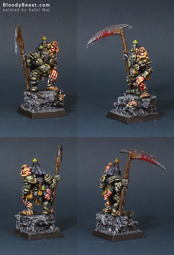 Nurgle Chaos Lord with Nurgling painted by Rafal Maj (BloodyBeast.com)