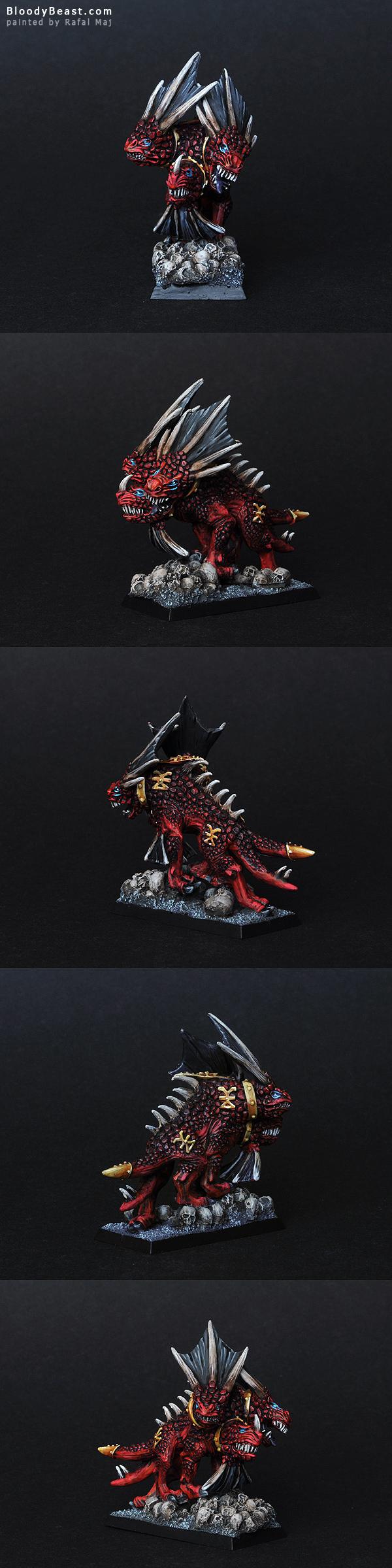 Karanak, Hound of Vengeance painted by Rafal Maj (BloodyBeast.com)