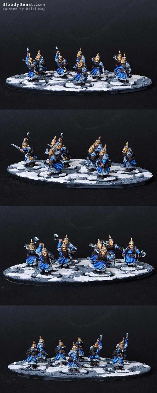 Dwarf Iron Guard Unit painted by Rafal Maj (BloodyBeast.com)