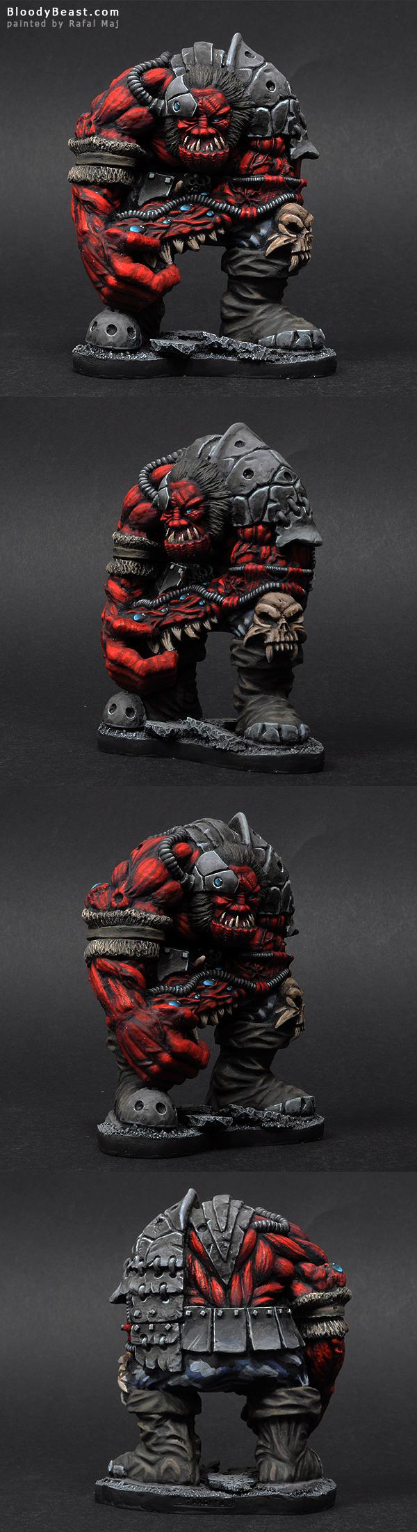 Dark Legion Algeroth Bio-Giant painted by Rafal Maj (BloodyBeast.com)