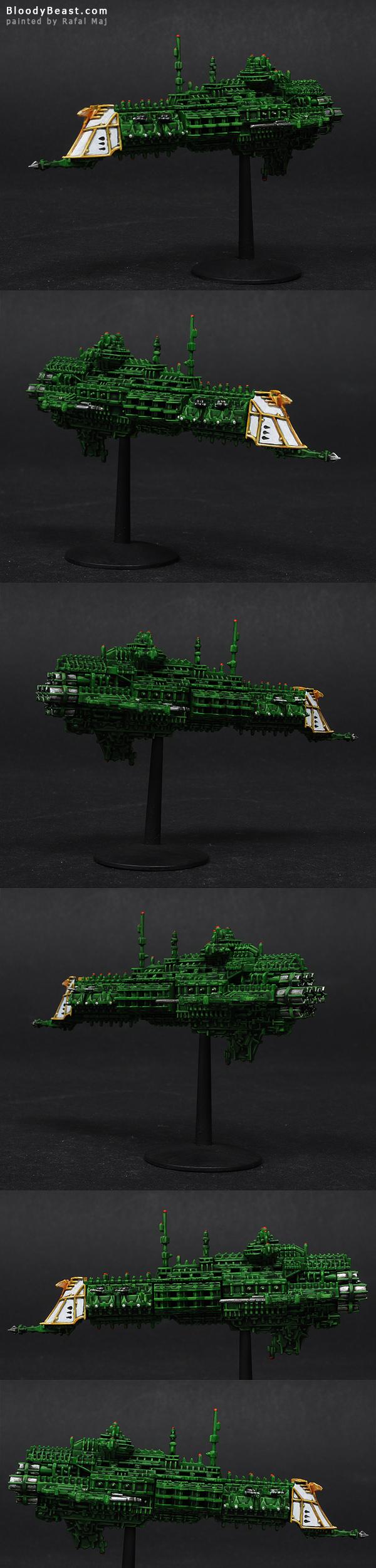 Battlefleet Gothic Imperial Crusier painted by Rafal Maj (BloodyBeast.com)