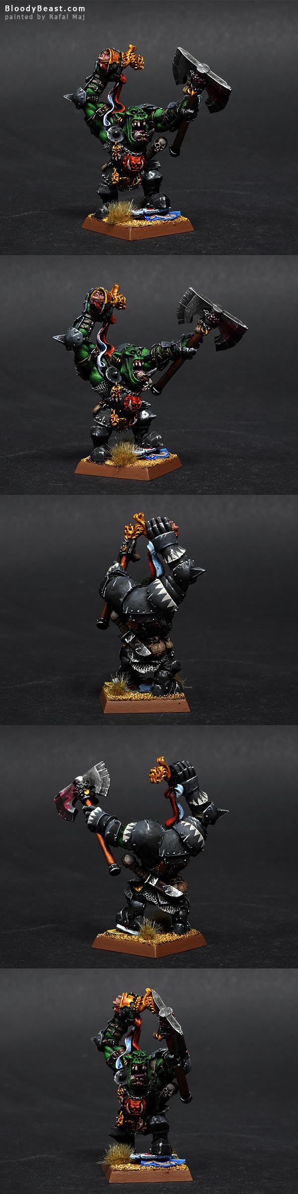Grimgor Ironhide painted by Rafal Maj (BloodyBeast.com)