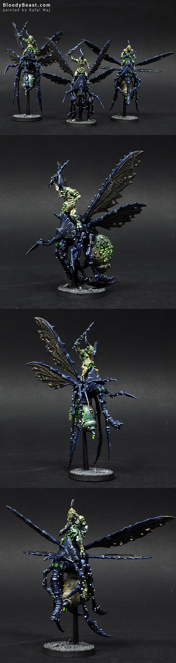 Plague Drones of Nurgle painted by Rafal Maj (BloodyBeast.com)