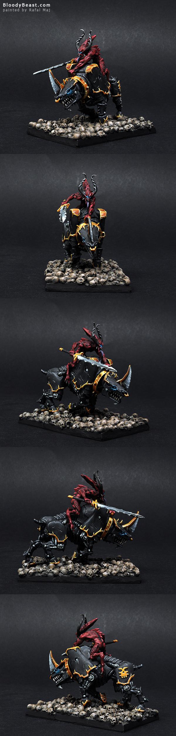 Bloodcrusher of Khorne painted by Rafal Maj (BloodyBeast.com)