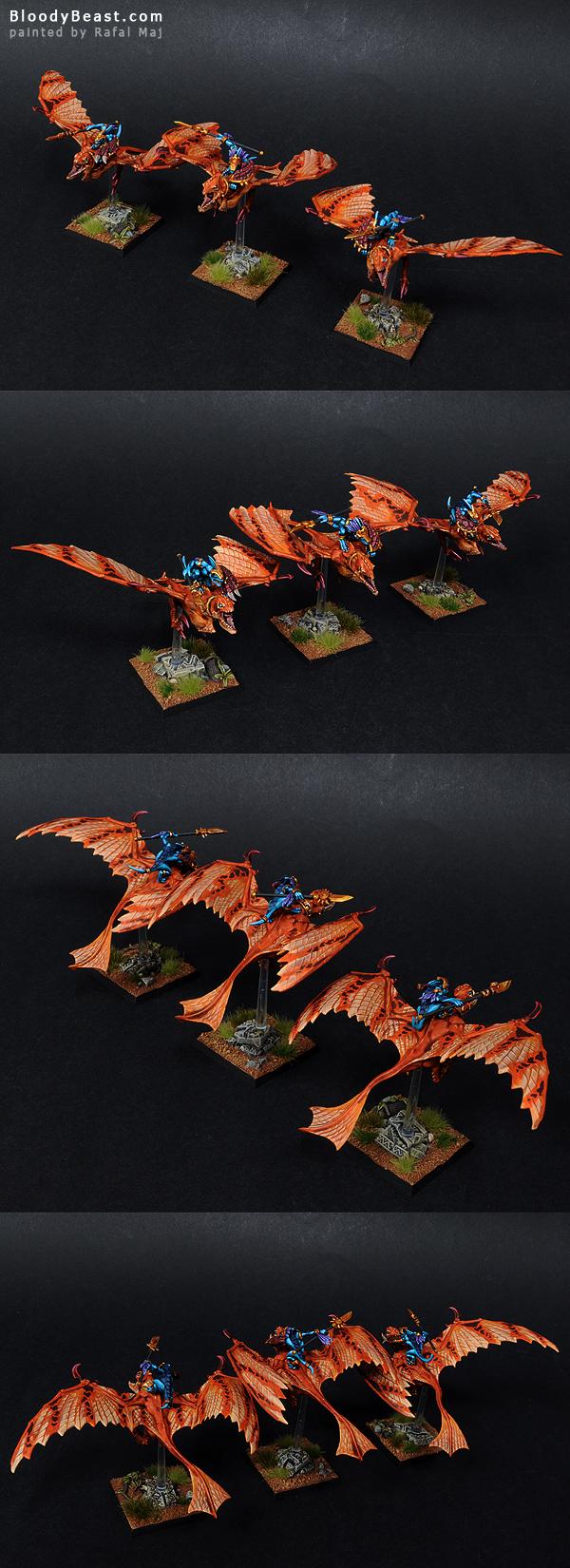 Lizardmen Ripperdactyl Riders painted by Rafal Maj (BloodyBeast.com)