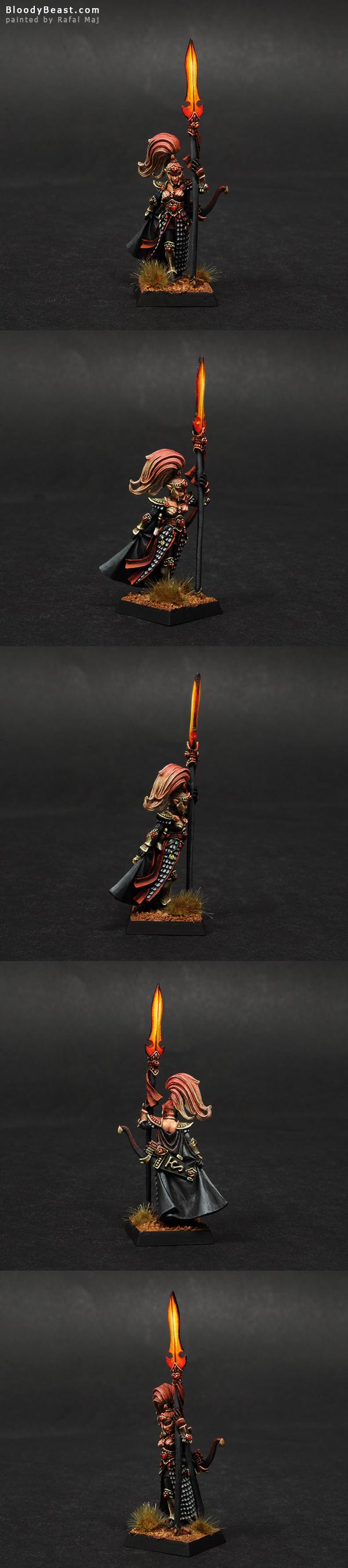 High Elf Handmaiden Of The Everqueen painted by Rafal Maj (BloodyBeast.com)