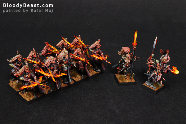 High Elves Sisters Warband painted by Rafal Maj (BloodyBeast.com)