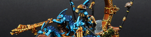 Lizardmen Stegadon with Skink Battle Standard Bearer