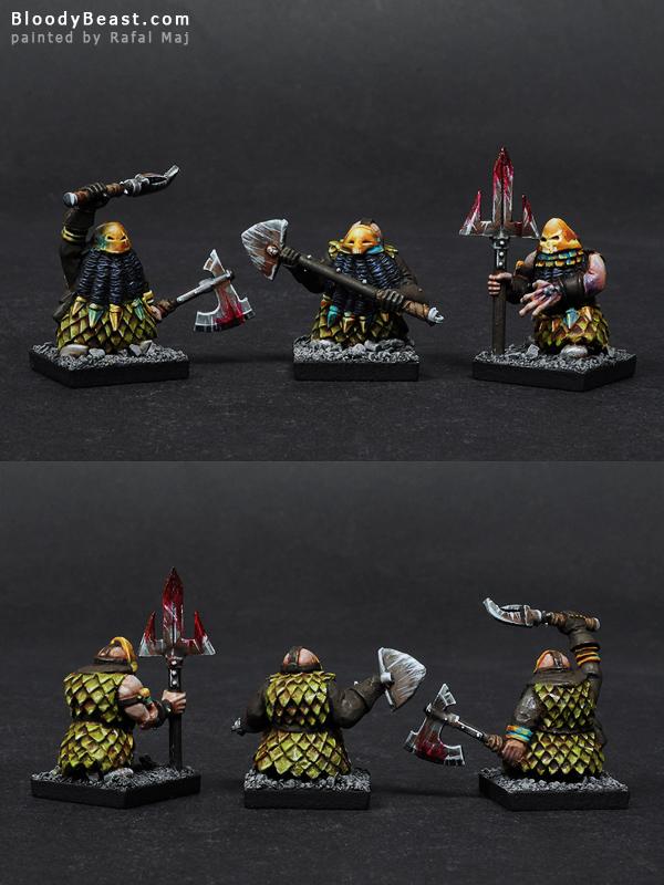 Chaos Dwarf Hellcannon Crew painted by Rafal Maj (BloodyBeast.com)