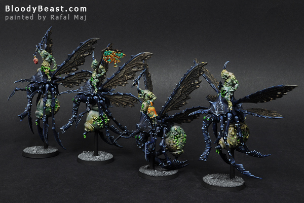Plague Drones of Nurgle painted by Rafal Maj (BloodyBeast.com)