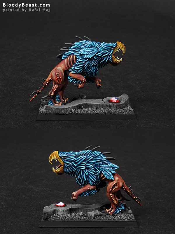 Chaos Warhound of Tzeentch Test Model painted by Rafal Maj (BloodyBeast.com)