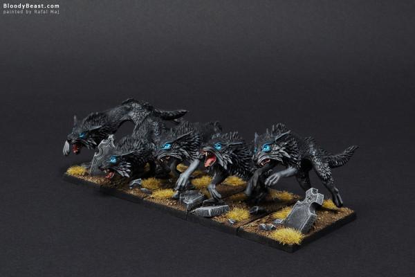 Black Wolves Rank One painted by Rafal Maj (BloodyBeast.com)