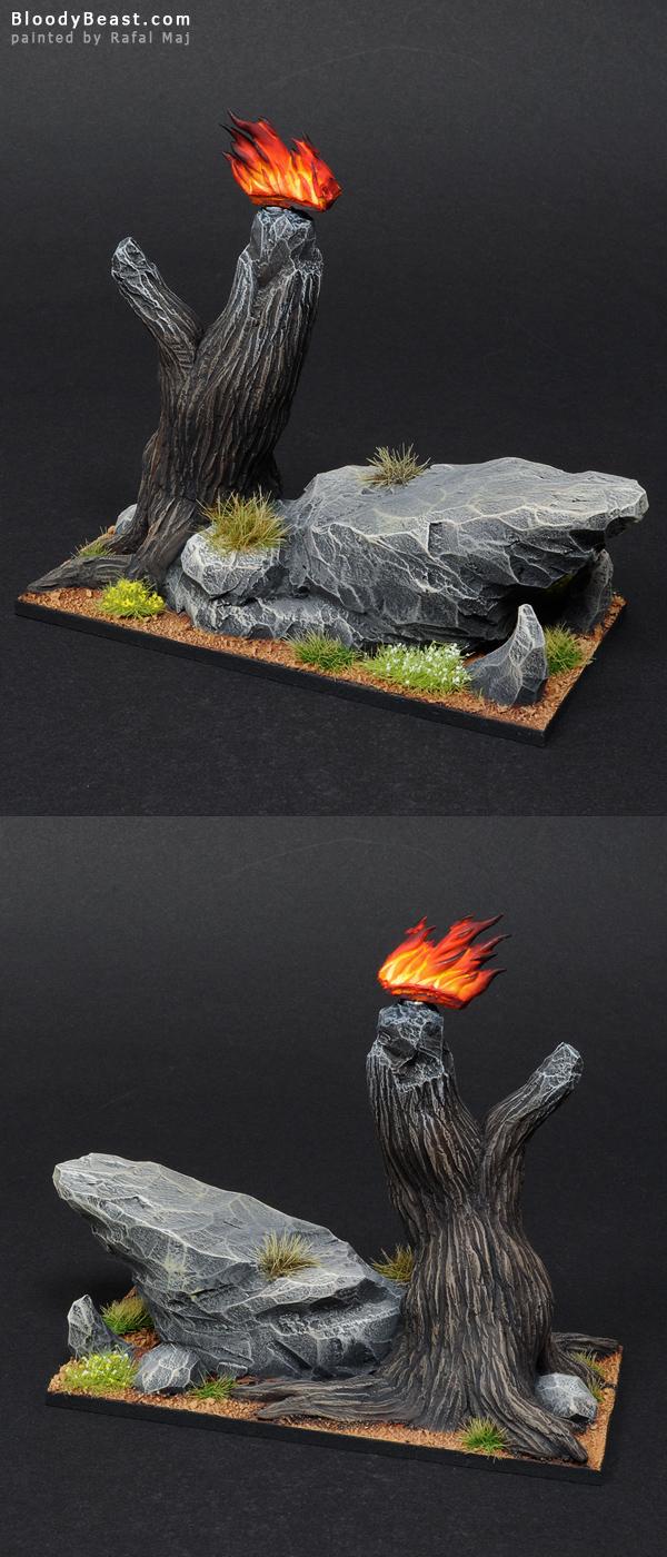 Flamespyre Phoenix Base painted by Rafal Maj (BloodyBeast.com)