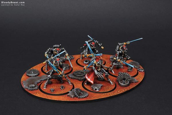Adeptus Mechanicus Sicarian Ruststalkers painted by Rafal Maj (BloodyBeast.com)