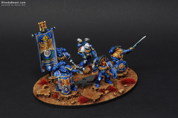 Space Marines Ultramarines Command Squad painted by Rafal Maj (BloodyBeast.com)