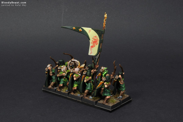 Wood Elves Glade Guard painted by Rafal Maj (BloodyBeast.com)