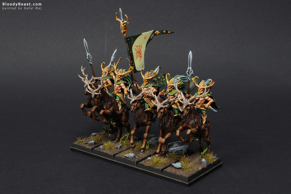 Wood Elves Wild Riders painted by Rafal Maj (BloodyBeast.com)