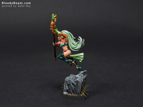 Wood Elves Spellsinger of Life painted by Rafal Maj (BloodyBeast.com)