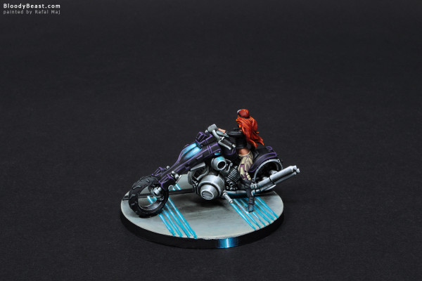 Aleph Penthesilea Amazon Warrioress painted by Rafal Maj (BloodyBeast.com)