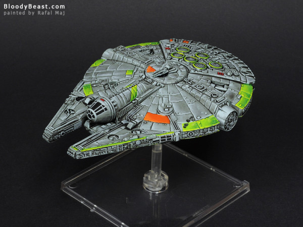 Star Wars YT-1300 Millenium Falcon painted by Rafal Maj (BloodyBeast.com)