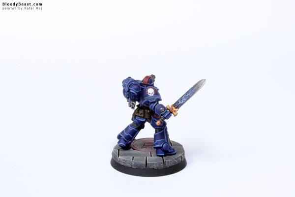 Crimson Fist Primaris Lieutenant 4