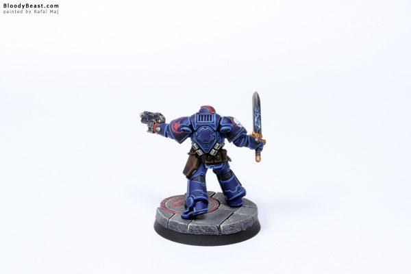 Crimson Fist Primaris Lieutenant 5